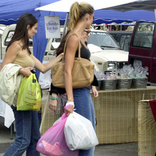 at_a_flee_market_on_Melrose_Avenue_in_LA_May_29_2001_28829