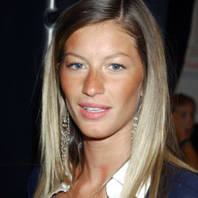 9/18/02, NEW YORK CITY, NEW YORK, UNITED STATES --- Supermodel Gisele Bundchen backstage at the Michael Kors Spring 2003 Fashion Show. --- Photo by Steve Sands/New York Newswire/Corbis Sygma