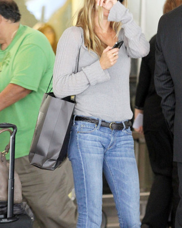 04-09 Arriving at Los Angeles International airport
