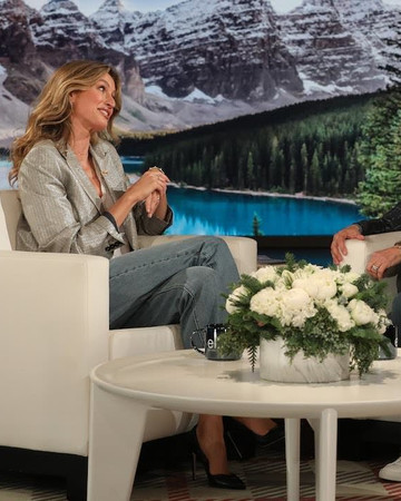12-12 Gisele on the Ellen DeGeneres Show December 12 2018